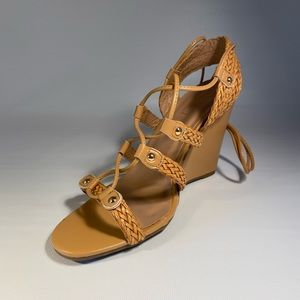 YOKI BEIGE TAN LACE UP WEDGE WOMEN SIZE 10 SANDAL